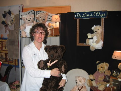 Christelle Dupré et ses ours de collection